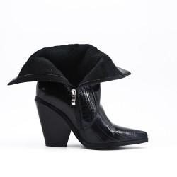 Black ankle boot in printed varnish