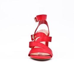 Sandalia de piel sintética rojo con hebilla