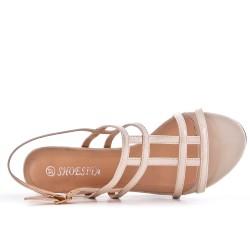 Sandalia beige en barniz