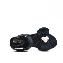 Sandalia chica negra con flor