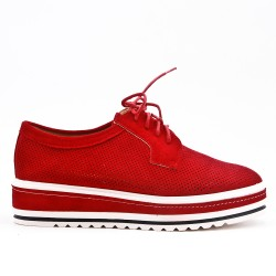 Red derby in perforated faux suede