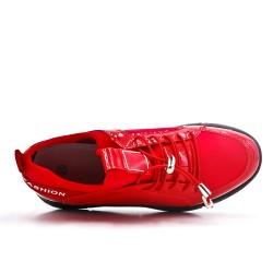 Basket montante rouge à lacet