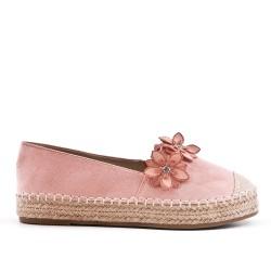 Zapatilla rosa con flores