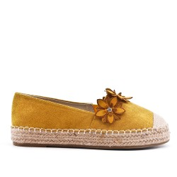 Yellow sneaker with flowers