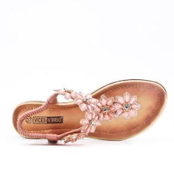 Pink flat sandal with flower