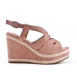 Sandale rose en simili daim à talon compensé