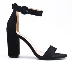 Sandale noire en simili daim à boucle