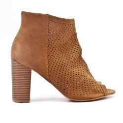 Camel boot in perforated faux suede