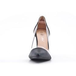 Black high heel pump