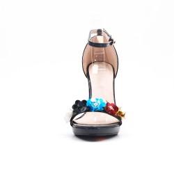 Sandale noir en vernis à fleurs