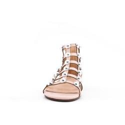 Sandalia plana de perlas rosa