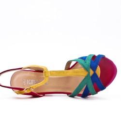 Sandalia multicolor con tacón
