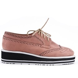 Pink lace-up brogue