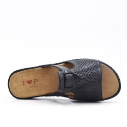 Black perforated slat with comfort sole