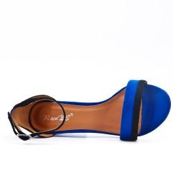 Sandale bleu en simili daim à talon