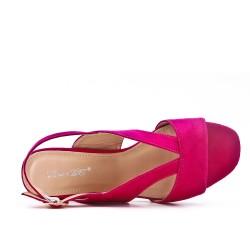 Sandale fushia en simili daim
