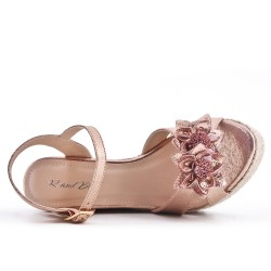 Sandale champagne compensée à fleur