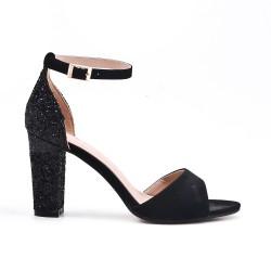 Black pumps with sequined heels