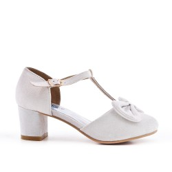 Girl's white knotted pump