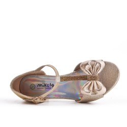 Sandalia oro anudada para niña