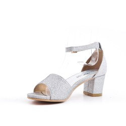 Silver sandal with rhinestones for girls