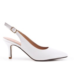 Pointed white pumps in imitation leather with small heels
