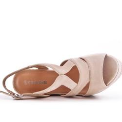Sandale beige compensée en simili daim
