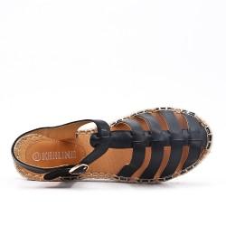Sandalia negra con suela de alpargata