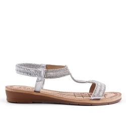 Sandalia de plata con pedreria