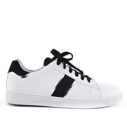 White lace-up tennis