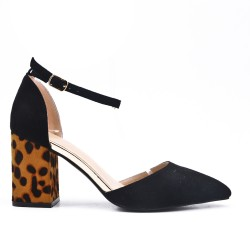 Black sandal with leopard print heel
