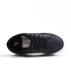Zapatilla de deporte negro para niños con encaje