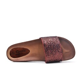 Available in 5 colors -Compact wedge decorated with rhinestones