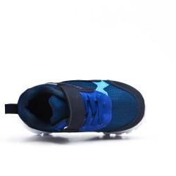 Basket enfant bleu à semelle crantée