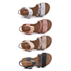 Girls sandal with sequined strap