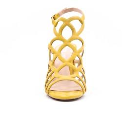 Sandalia amarillo con tacón y cremallera.
