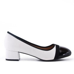 Big Size - Two-Tone Bow Pumps