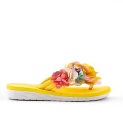 Pinzas de flor amarillo