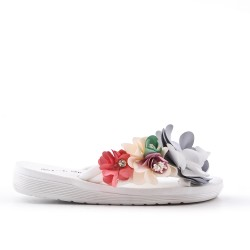 Pinzas de flor blanco