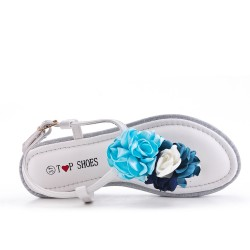 White flat sandal with flowers