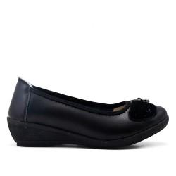 Chaussure confort noire en simili cuir