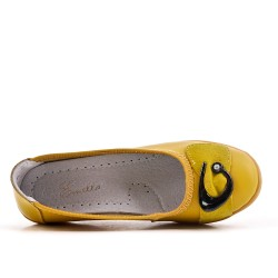 Yellow comfort shoe in faux leather