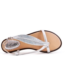 Sandale plate argent ornée de strass
