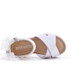 Sandalia infantil blanco con detalle de purpurina