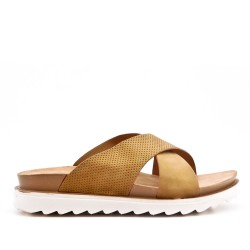 Camel comfort slider in faux leather