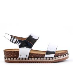 Sandale argent en vernis à semelle confort