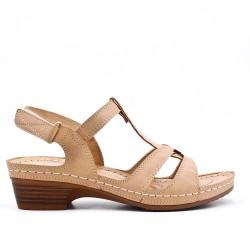 Sandale beige à petit talon