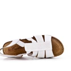Sandalia cuña blanco en piel sintética