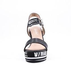 Sandale noire compensée en simili cuir