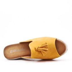 Yellow mule sandal in faux suede with pompom